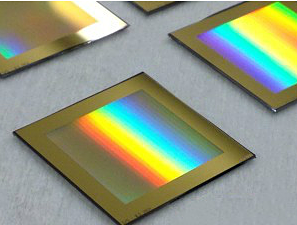 WIRE GRID POLARIZER FOR TERAHERTZ APPLICATIONS